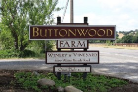 Buttonwood Farm Winery logo